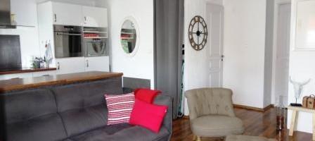 Quartier des Anglais, 2 pièces avec balcon sud, calme, cave et stationnement