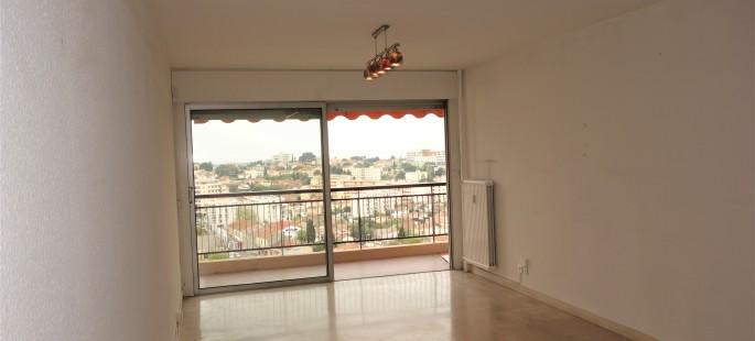 Proche centre Leclerc, Grand 2 pièces  57 m² vue dégagée mer, terrasse, parking